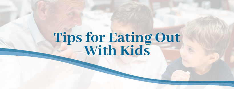 tips for eating out with kids at a restaurant graphic